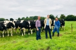 Dr Dan Poulter visits Dairy Herd in Cotton